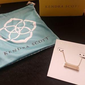 Kendra Scott Bar necklace